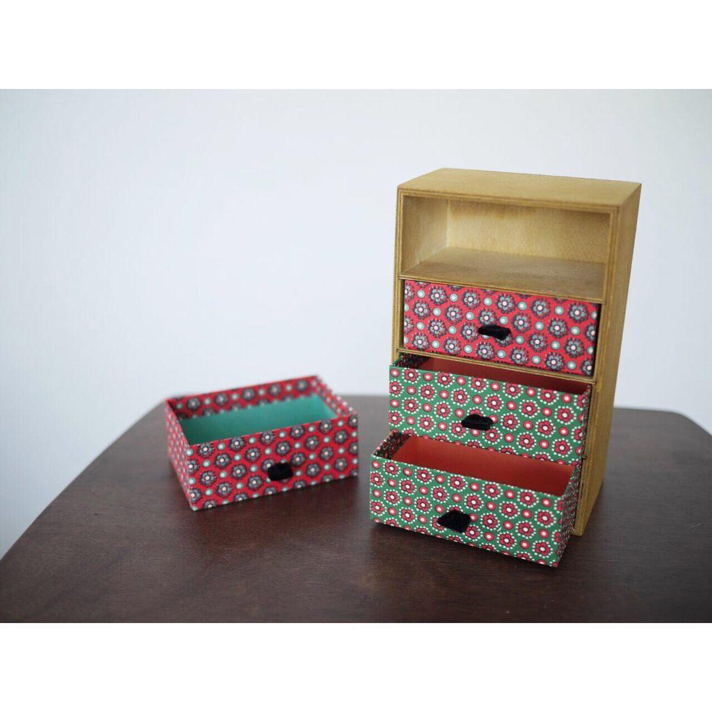 100均の木箱をリメイク!レトロでかわいい収納BOX|ジェイミー・ルーカス