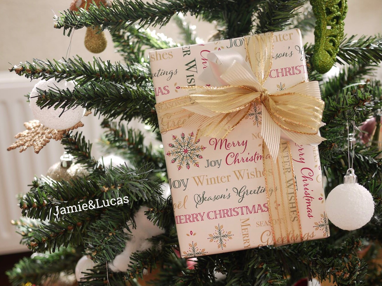 コストコクリスマスラッピンング|ジェイミールーカス
